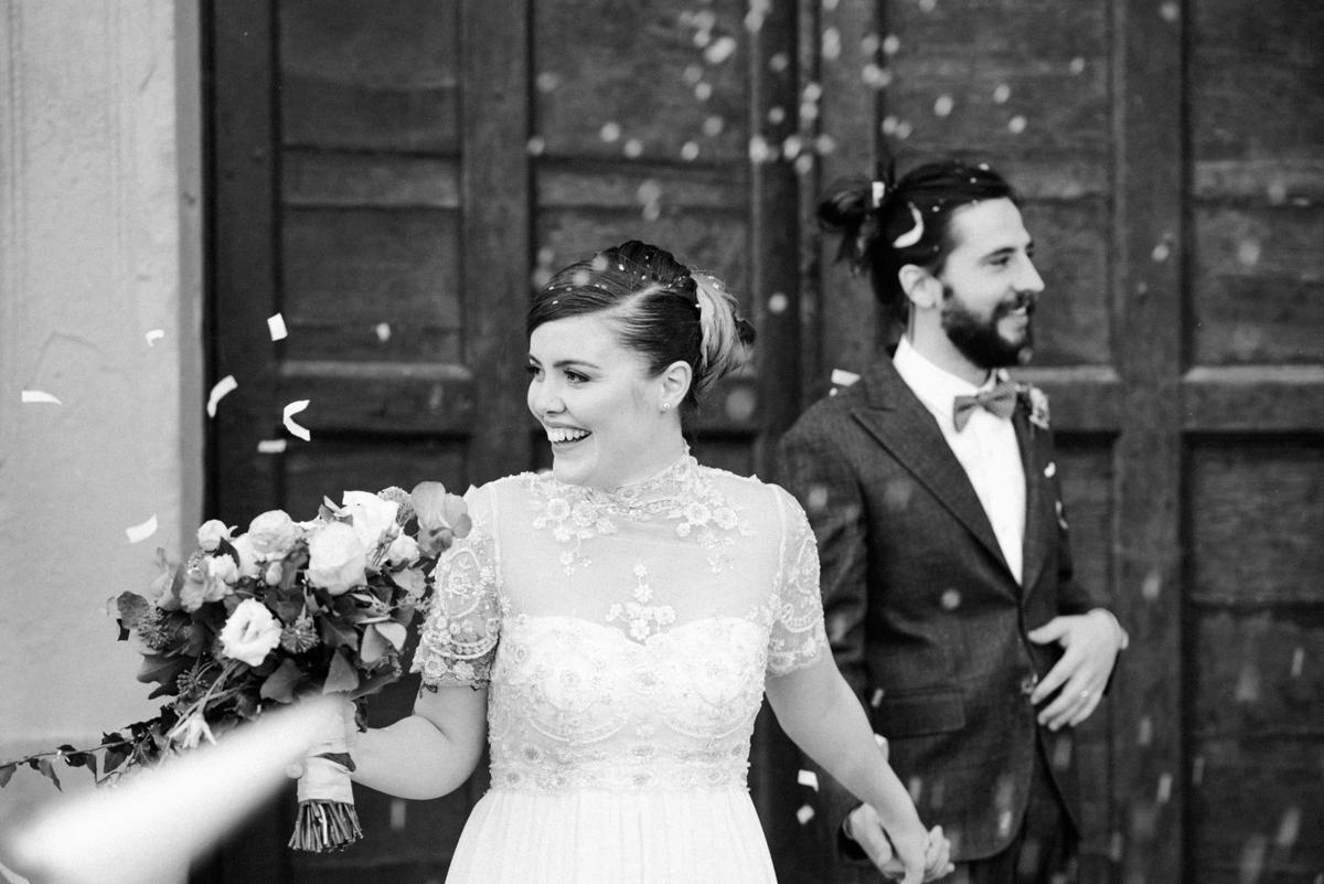 lancio riso matrimonio