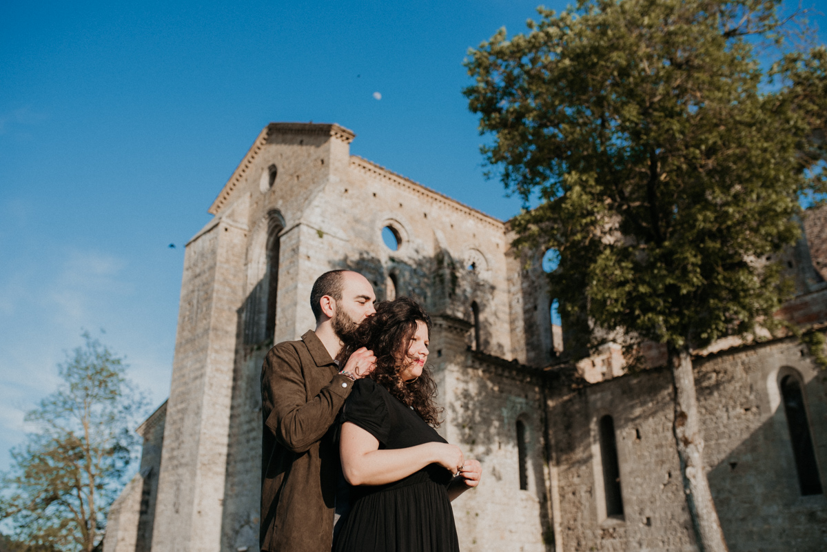 wedding photography tuscany arezzo san galgano