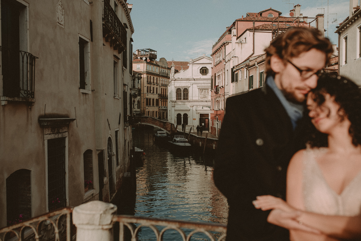 tuscan photographer honeymoon wedding venice venezia
