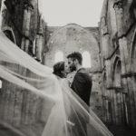 wedding photographer tuscany san galgano