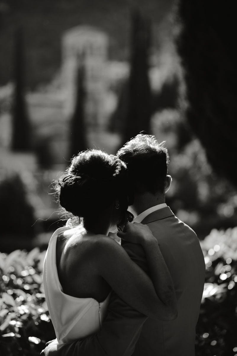 wedding photoshoot umbria abbazia san pietro in valle elopement