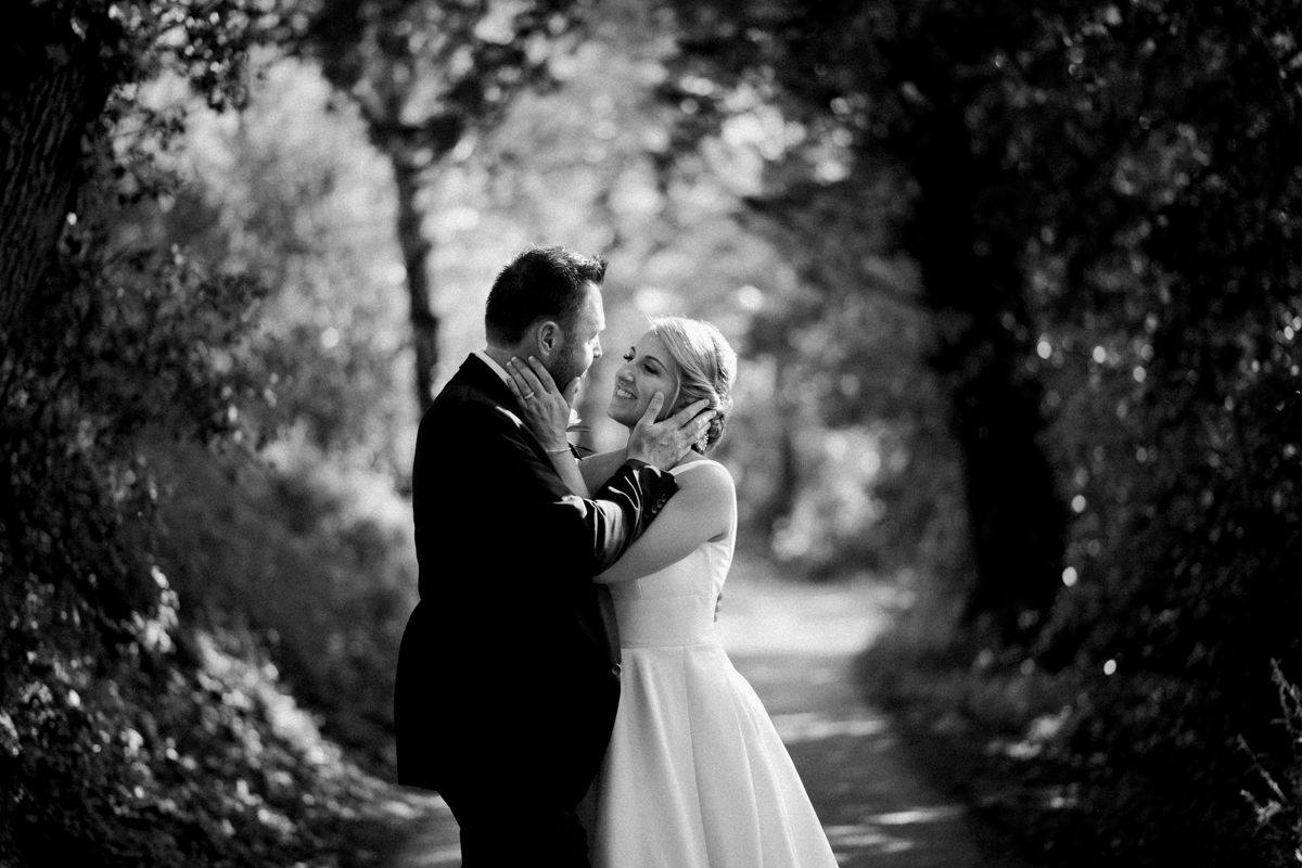 intimate elopement wedding tuscany san casciano