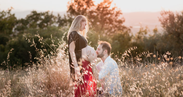 Maternity photosession at sunset  *Arezzo,Tuscany*