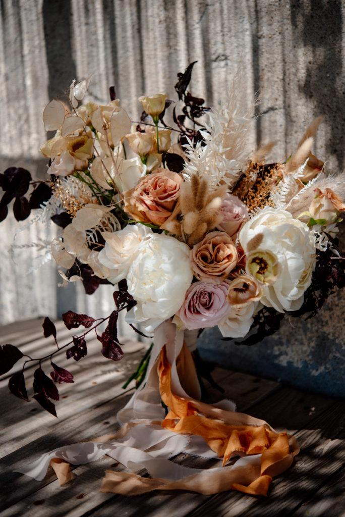 wedding bouquet siena