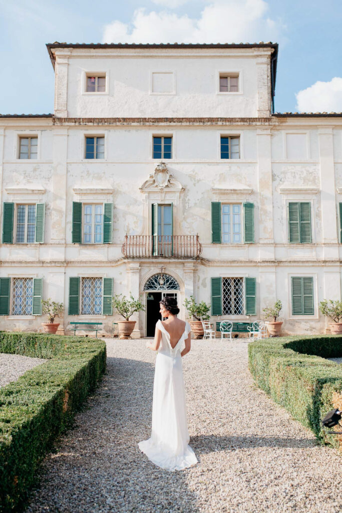 wedding in siena, tuscany, vill geggiano
