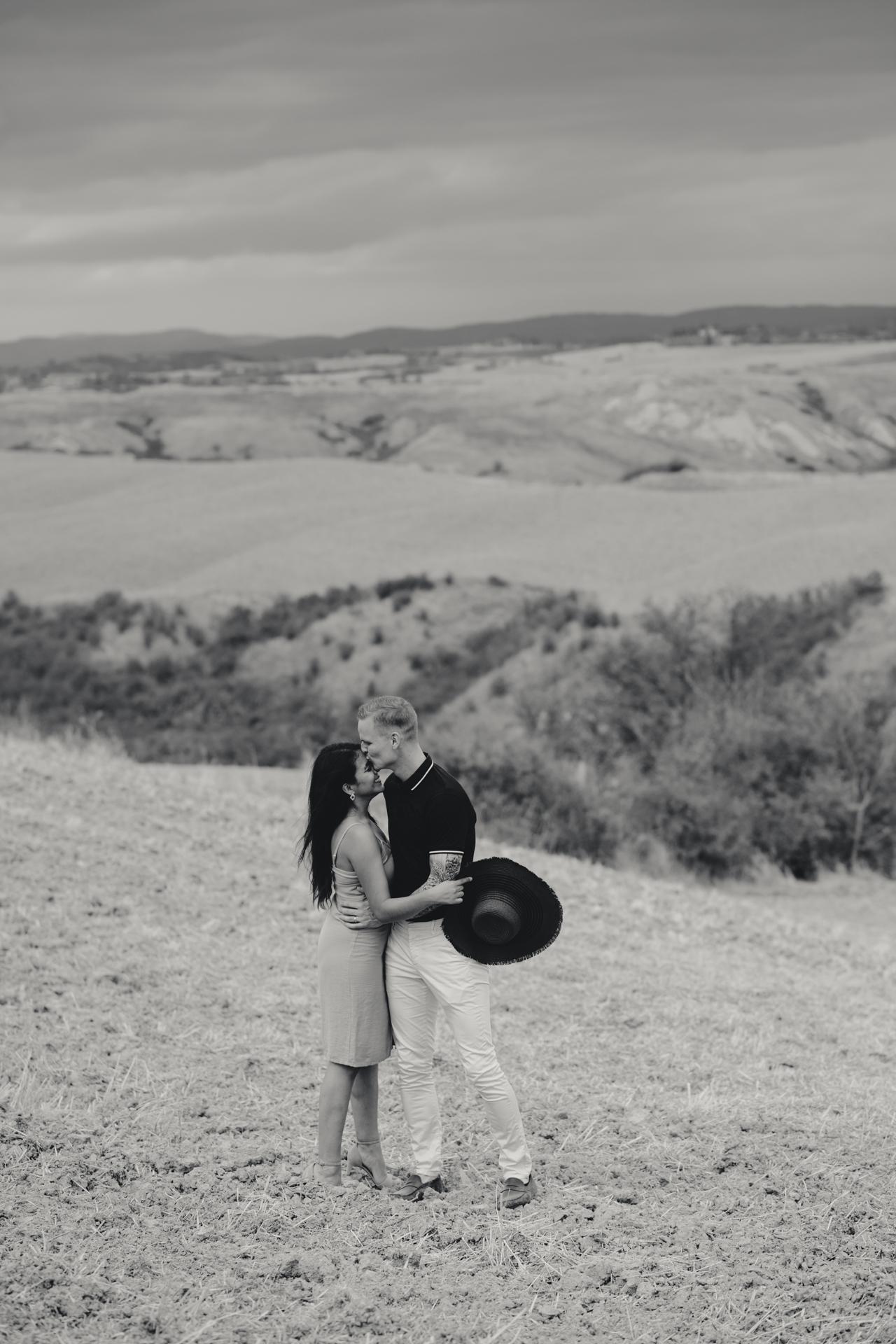 engagement fotografo toscana